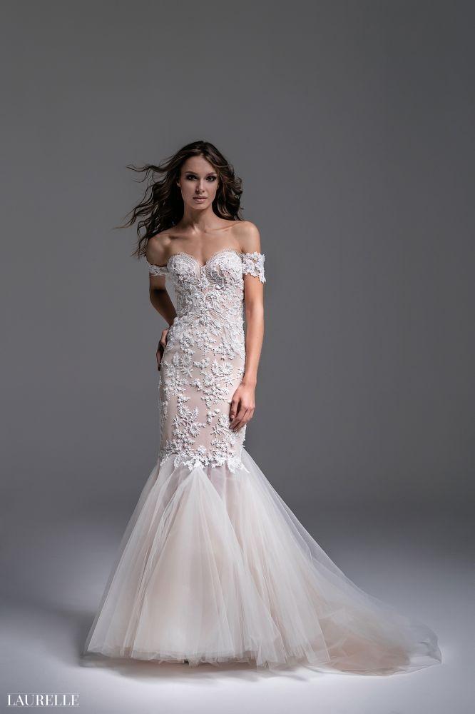 Fabia - koronkowe suknie ślubne Laurelle