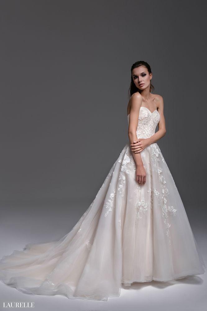 Maya - koronkowa suknia ślubna 2016 Laurelle