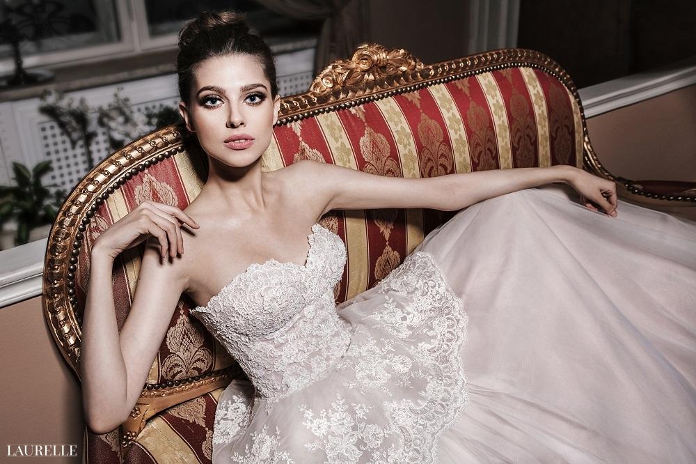 Rose - koronkowa suknia ślubna Laurelle 2016